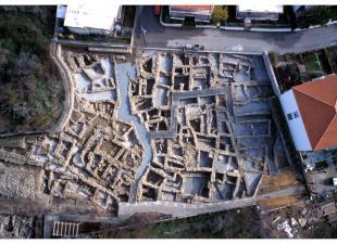 Αεροφωτογραφία του νότιου τμήματος του αρχαιολογικού χώρου.